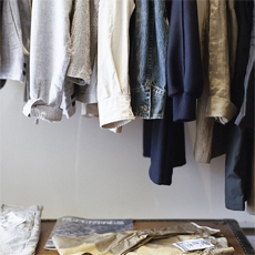 Jak zaprowadzić porządek w szafie? Podpowiadamy!